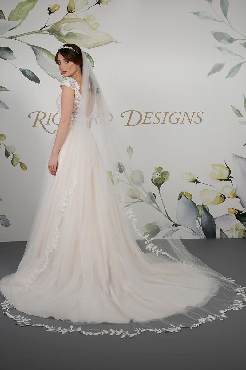 Richard Designs Veil Leicestershire